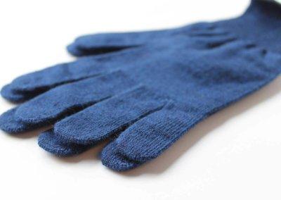 Merino-Liner-Glove-blue